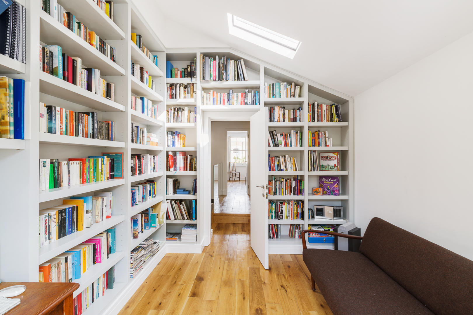 49-baring-street-bookcase-01