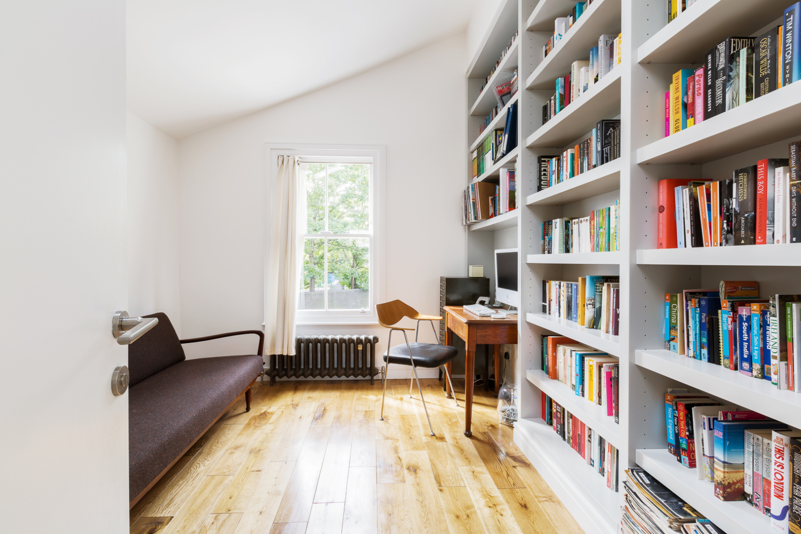 49-baring-street-bookcase-02